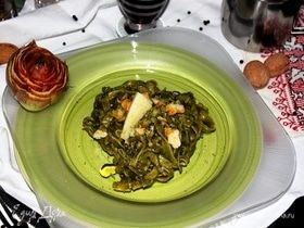 Тальятелле с песто из шпината и артишоков