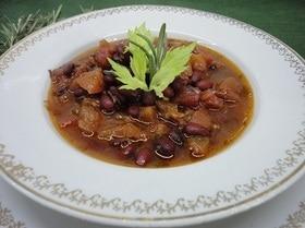 Фасоль в томатном соусе с розмарином
