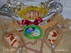 Куриное филе с сыром, беконом и помидорами