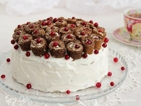 Черемуховый блинный торт