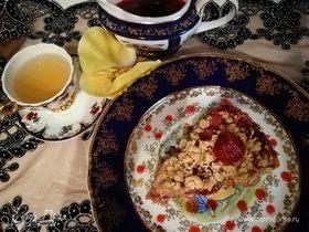 Английский овсяный пирог с клубникой