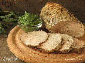 Сочная телятина с соусом из крапивы