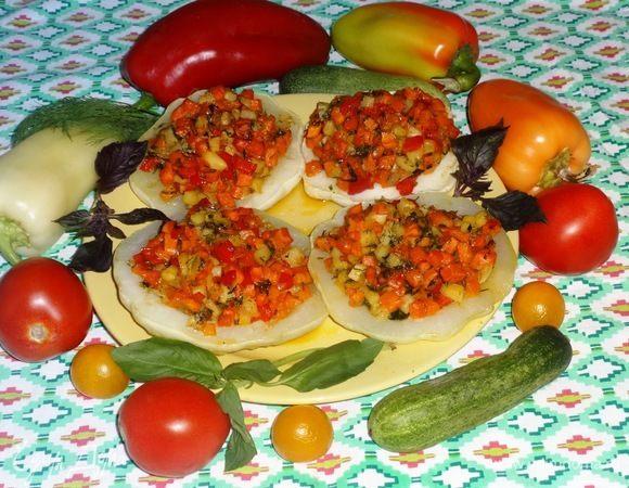 Патиссоны, фаршированные овощами