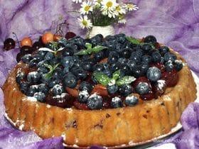 Пирог с черешней, голубикой и десертным вином