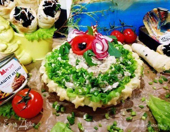 Пирог «Морской» с печенью трески и паштетом из тунца