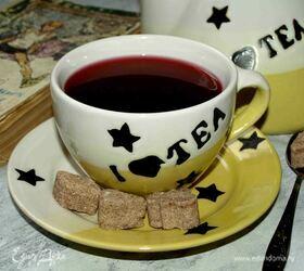 Согревающий напиток с черной смородиной и мятой