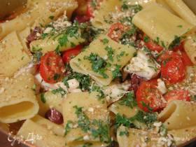 Паккери с дорадой, оливками и миндалем