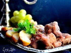 Свинина с имбирем и яблоками