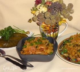 Капустная солянка с беконом и сосисками