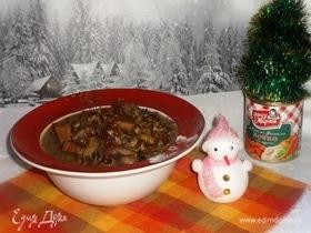 Свинина с фасолью и грибами