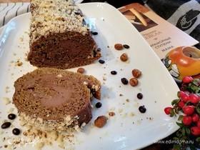 Кофейный рулет с фундуком и шоколадной пастой
