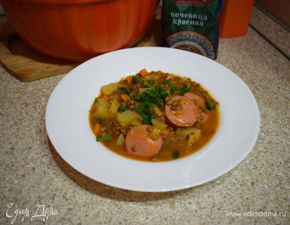 Немецкий чечевичный суп с сардельками