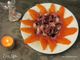 Салат с сыром и хурмой