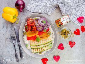 Овощи на гриле с соусом из тунца