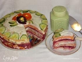 Закусочный блинный торт «Селедка в пеленках»