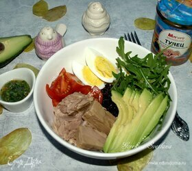 Боул с тунцом и черным рисом