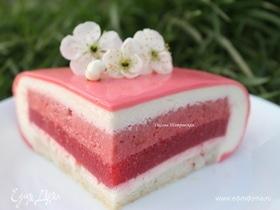 Муссовый торт «Красные ягоды»