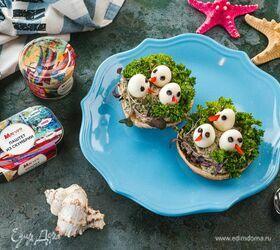 Закусочные бутерброды с паштетом из скумбрии и яйцом «Гнездышки»