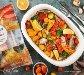 Конгрио, запеченная с овощами