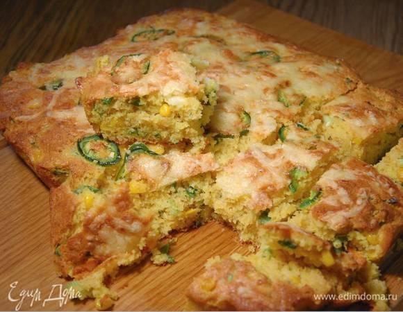 Пряный хлеб из поленты с кукурузой и сыром