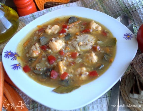 Гречневый суп с клецками и грибами