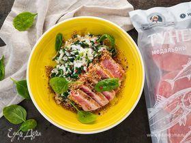 Рис со шпинатом и тунцом в соусе терияки