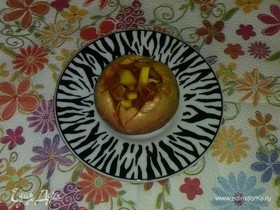 Печеные яблоки с курагой, нектарином и орехами