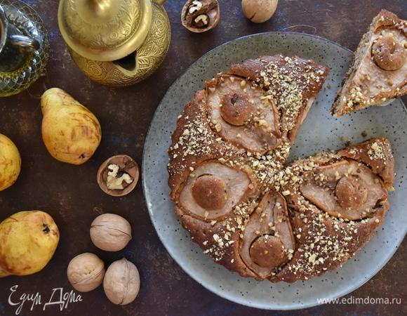 Пирог с грушей, шоколадом и орехами