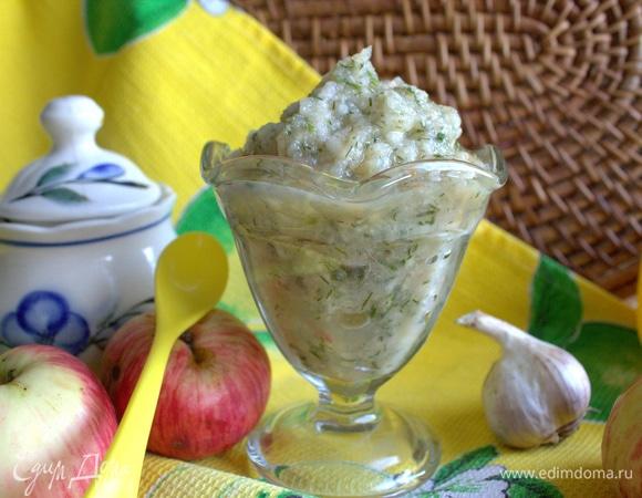 Пикантный яблочный соус