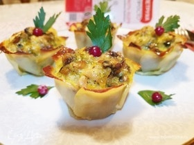 Картофельные корзиночки с курицей и грибами