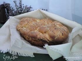 Итальянский хлеб с пармезаном и орегано