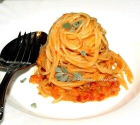 Спагетти в соусе из сладкого перца