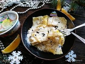 Равиоли с креветками в соусе из белого вина