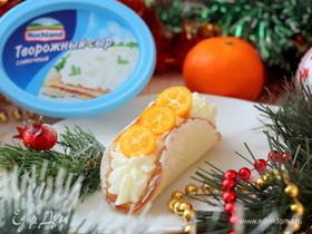 Бисквитные пирожные со сливочным кремом