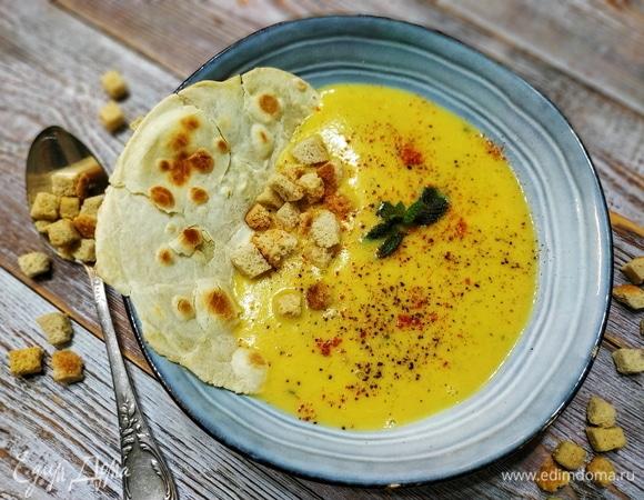 Суп-пюре с чечевицей и мятой