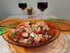 Свежий пикантный салат с креветками