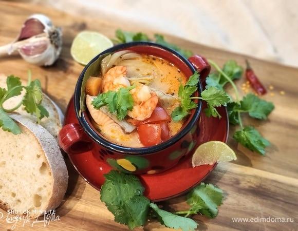 Мукека (бразильский рыбный суп с креветками)