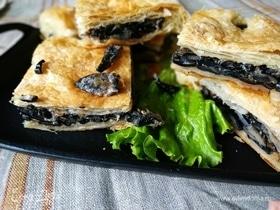 Пирог с лесными грибами