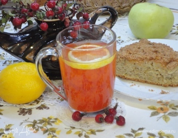 Осенний напиток «Лесной шиповник с лимоном»