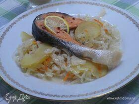 Рыба на квашеной капусте