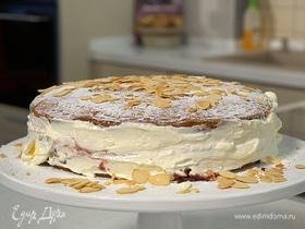 Бисквитный торт с вареньем из крыжовника