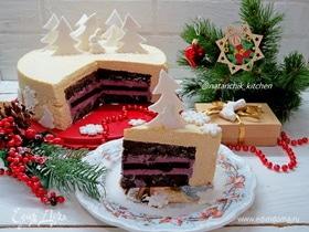 Торт с черничным мармеладом и карамельным муссом