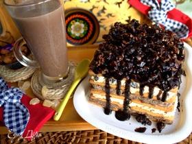 Десерт из печенья с творогом