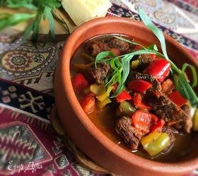Мясо с овощами в пивном соусе