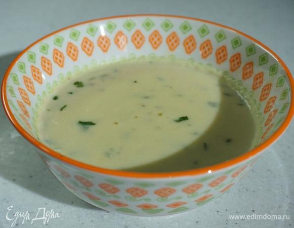 Сливочный суп-пюре из топинамбура, картофеля и лука-порея