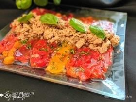 Салат из маринованных перцев с тунцом
