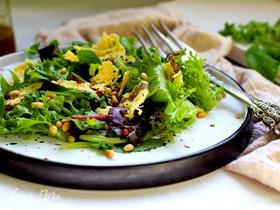 Салат с хрустящим сыром
