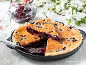 Пирог в духовке с вареньем из смородины