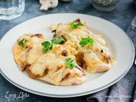 Рецепт куриного филе с грибами и сыром