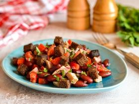 Салат с фасолью и бородинскими сухариками
